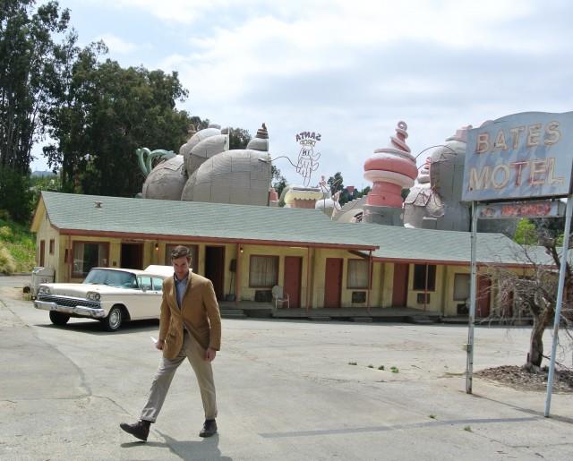The Creepy Guy at Bates Motel. Universal Studios Hollywood Backlot Tour