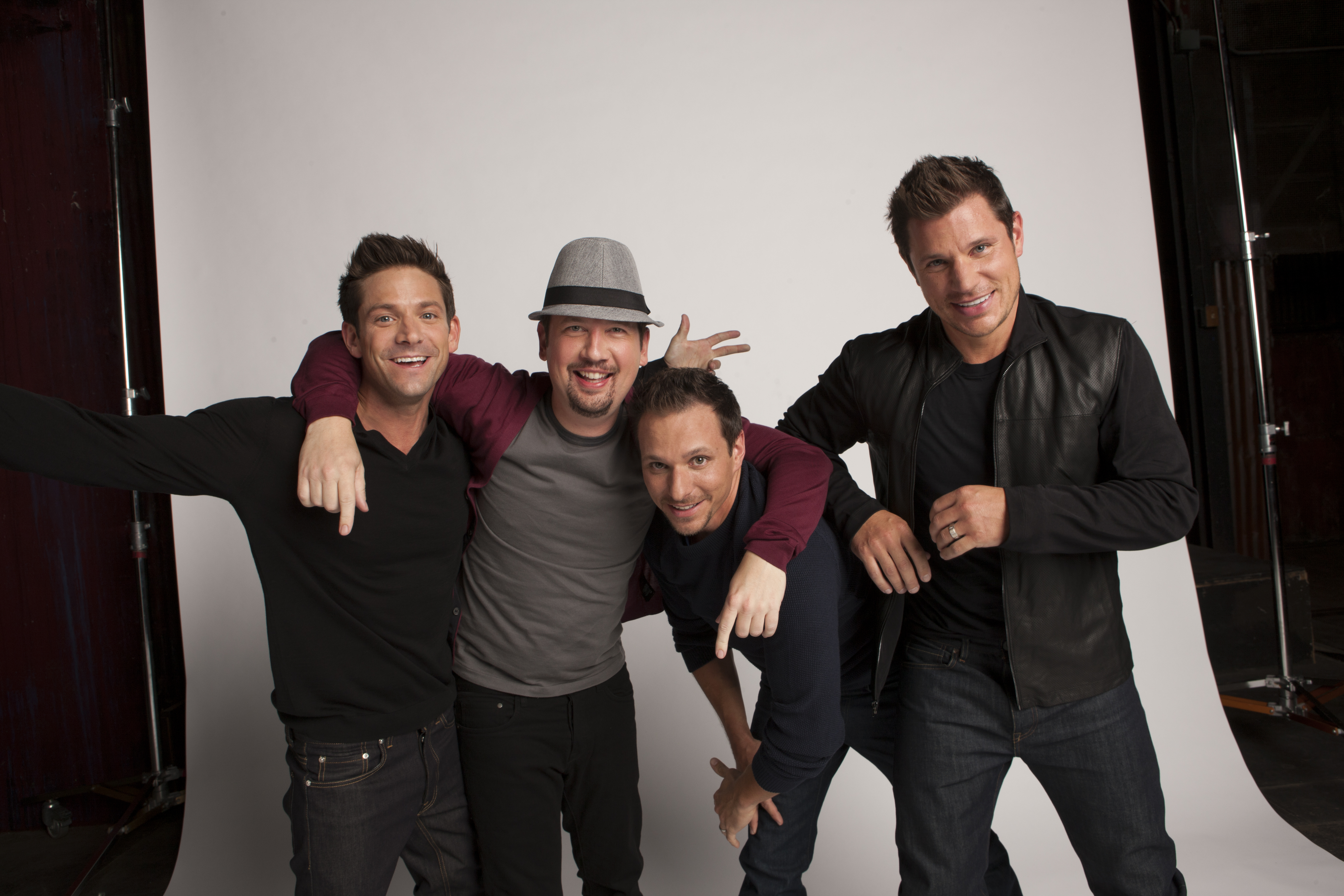 Backstage with 98 Degrees