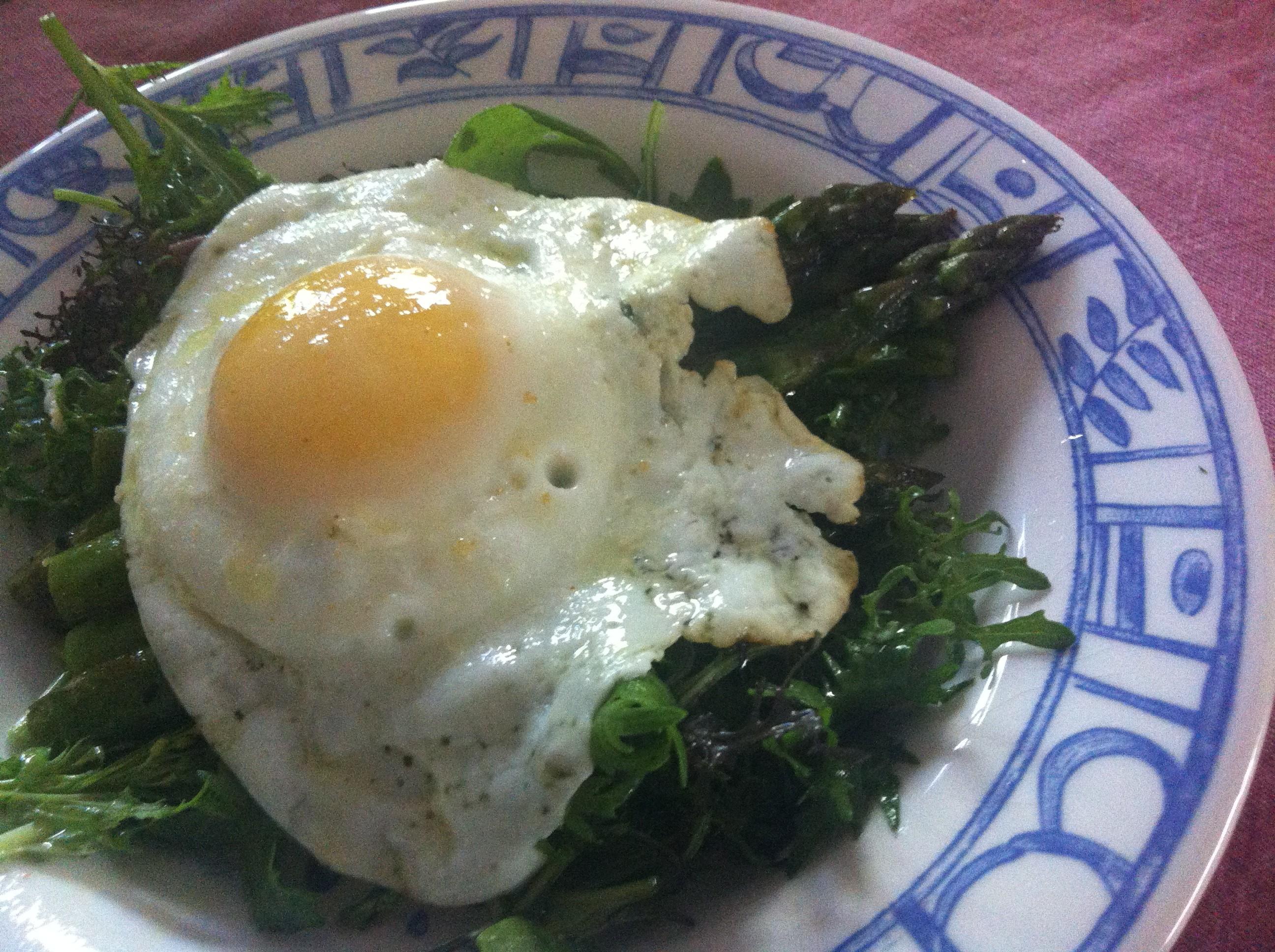 What's Fresh at the Farmer's Market: Asparagus