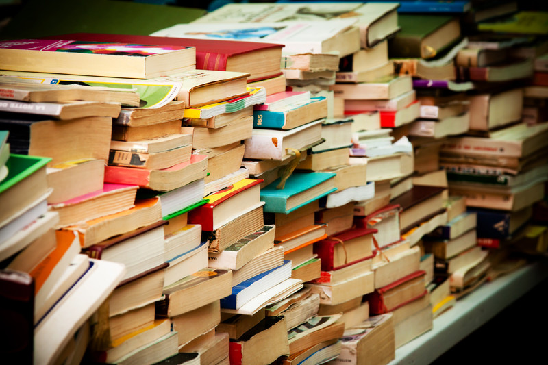 Thrifty Reads