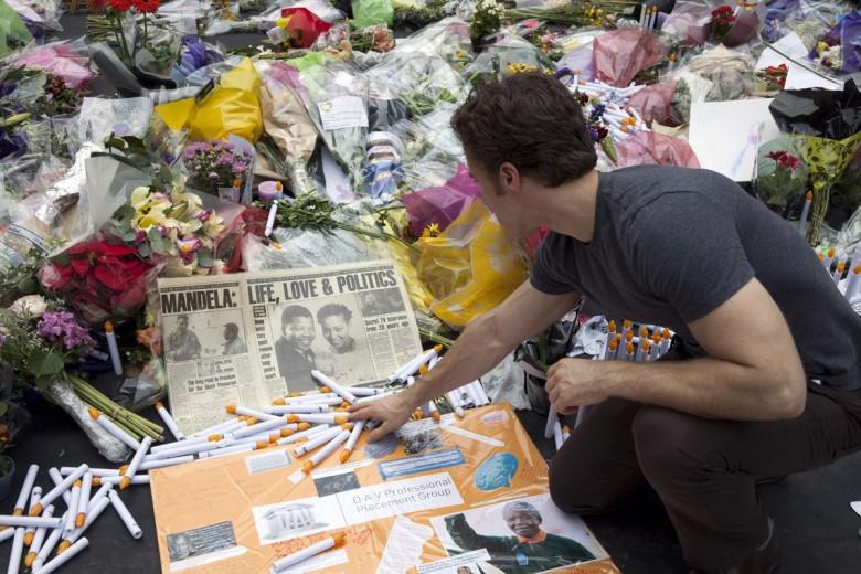 Michael-Rajzman-Mandela-Square-2013-12-09-073243-1
