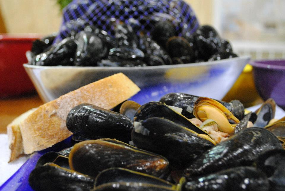 UrbanKitchen: Quick Mussels and Beer!