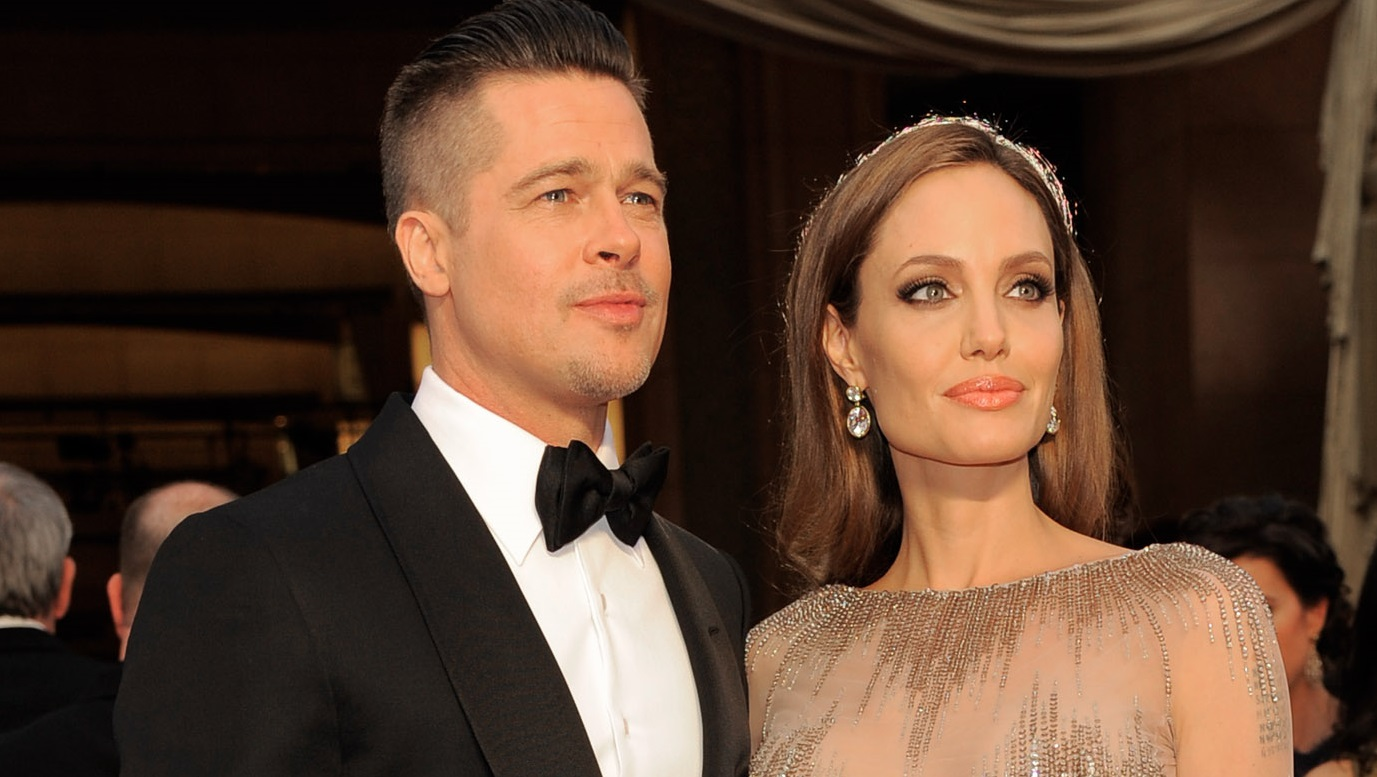 Brad Pitt and Angelina Jolie Finally Tie The Knot!