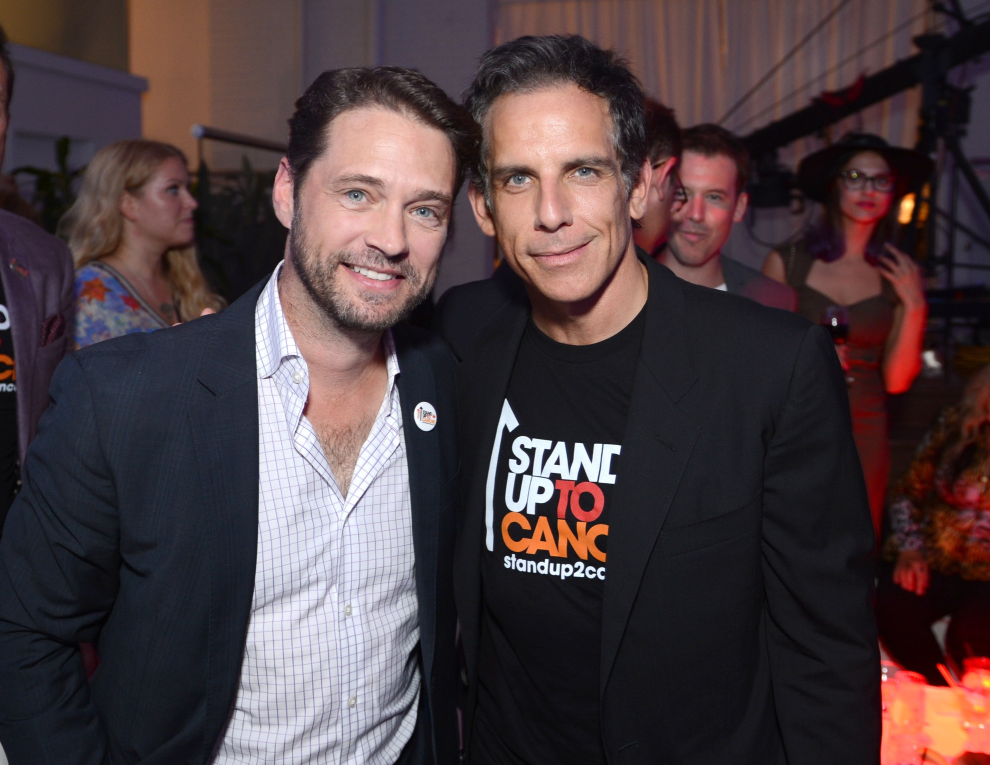 Red Carpet Report: Celebrities Stand Up 2 Cancer