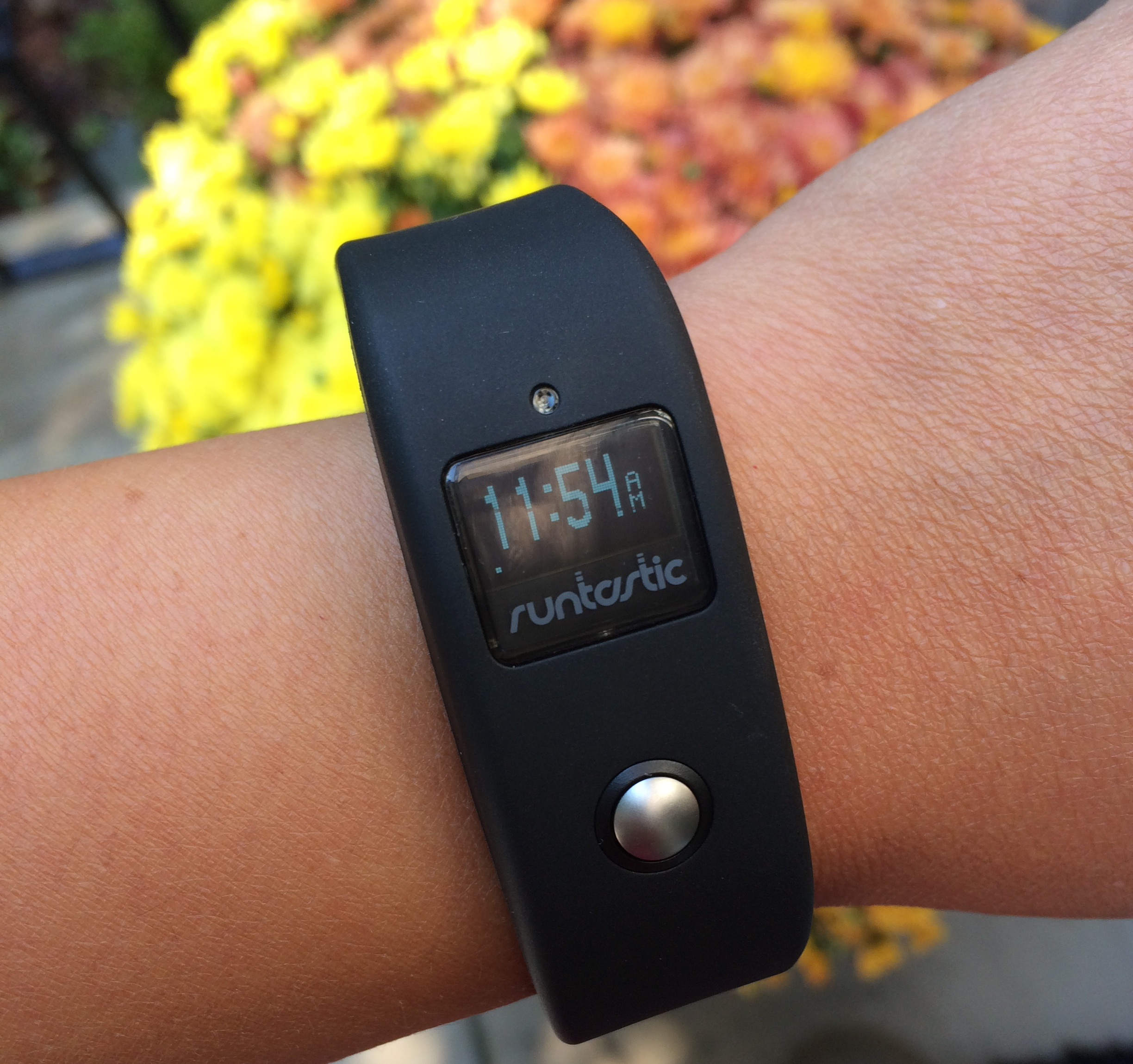 Review: Runtastic Orbit Fitness Wearable Tech
