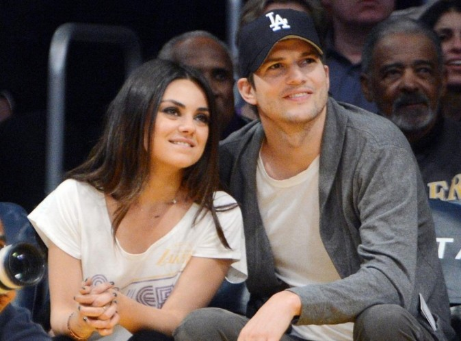 Ashton Kutcher & Mila Kunis Release The First Of Picture Of Their Baby Girl