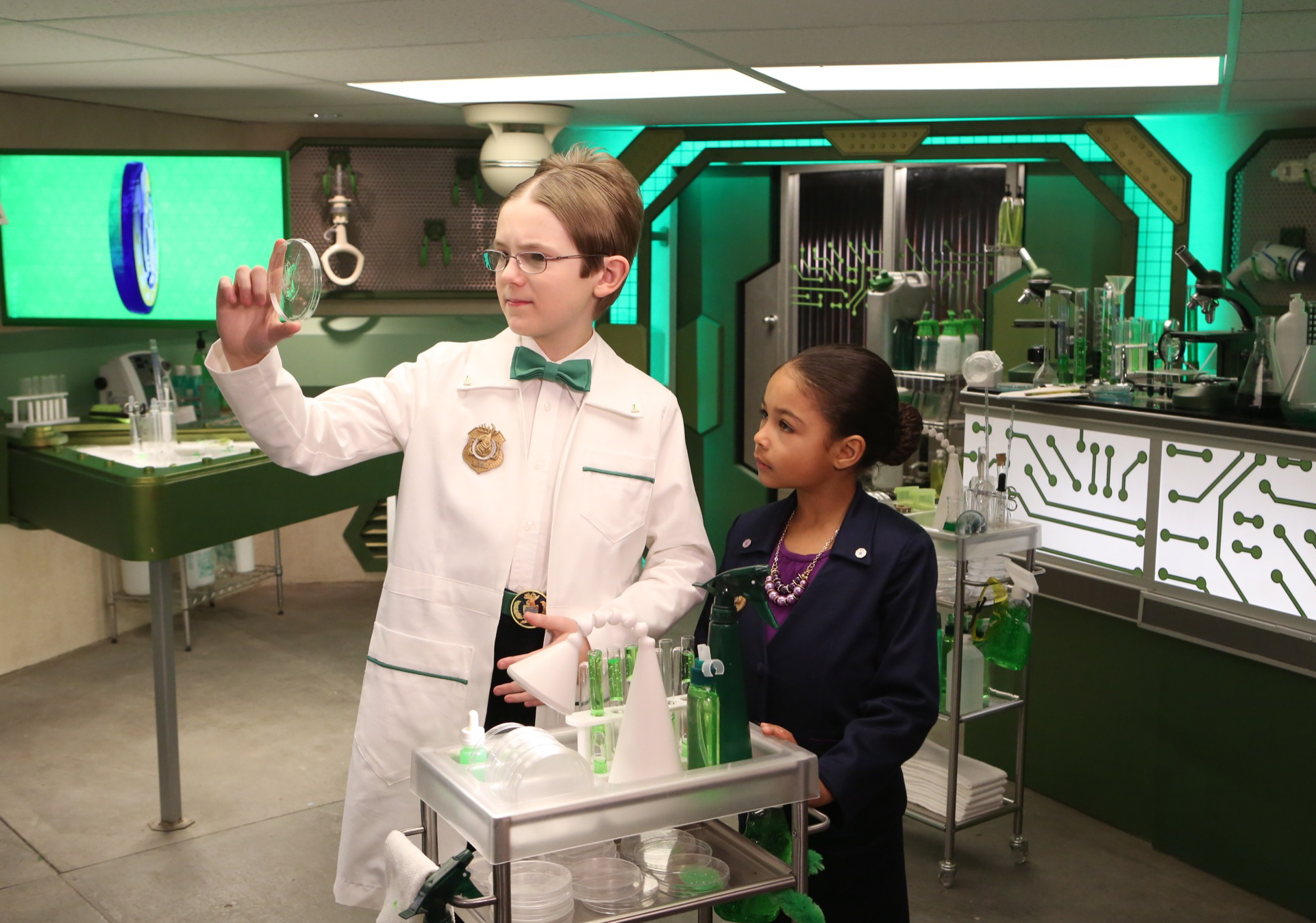 Odd Squad TV Series For Kids Solves Mysteries Using Math!