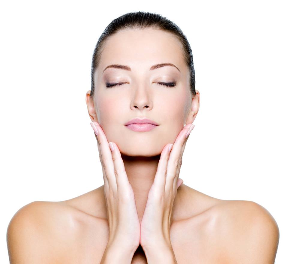 What You Need To Know About Facials Vs. Peels