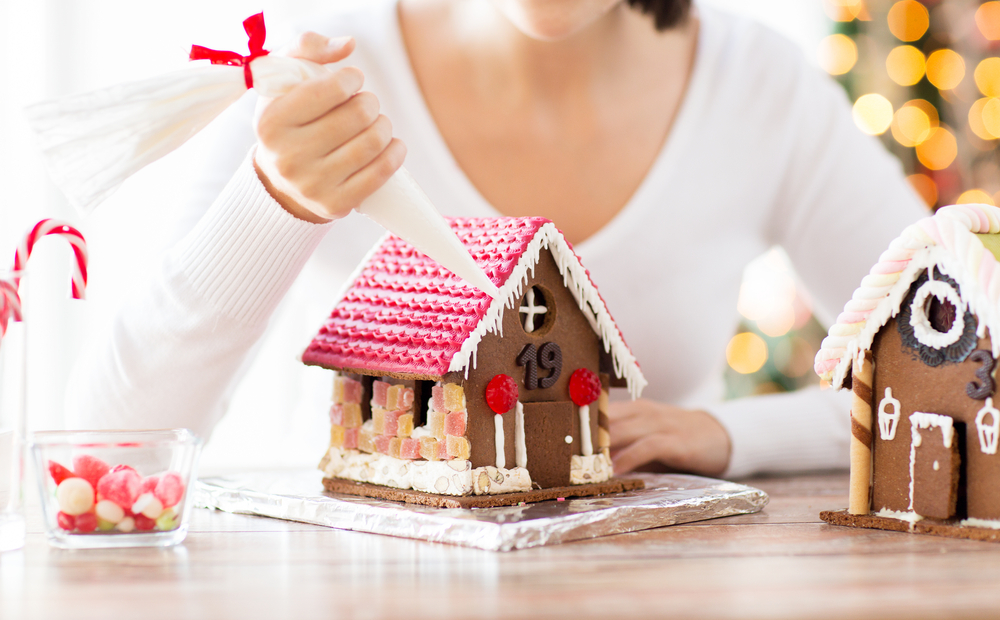10 Jaw-Dropping Gingerbread Houses You Must See