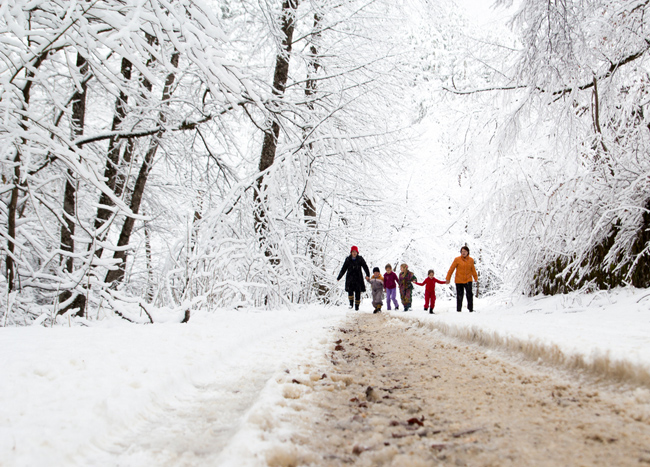How To Enjoy The Winter With The Family