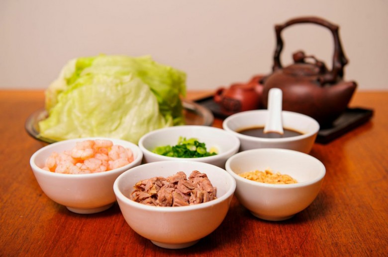 Chinese New Year Lettuce Wraps