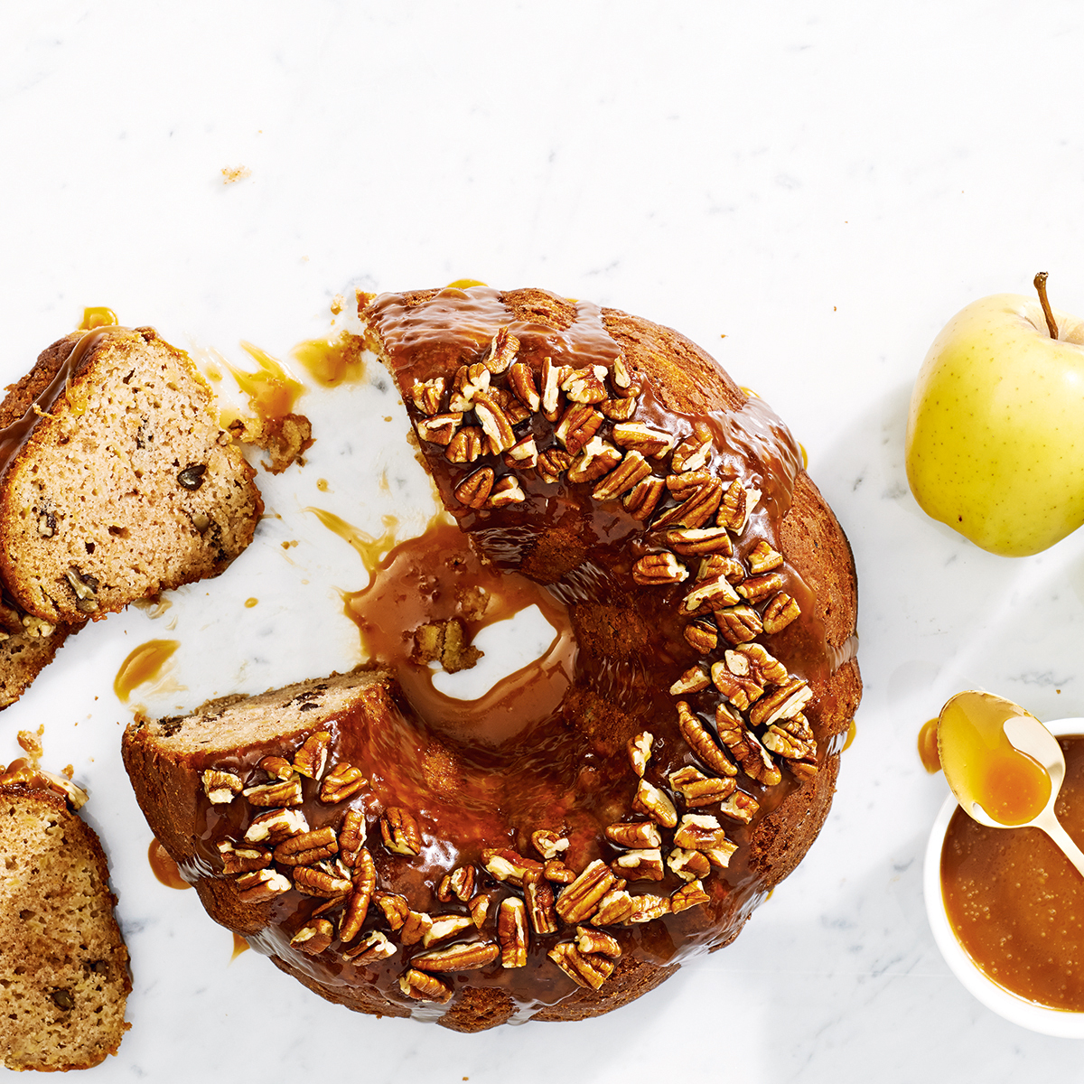 UrbanKitchen: Apple Pecan Bundt Cake With Caramel Sauce