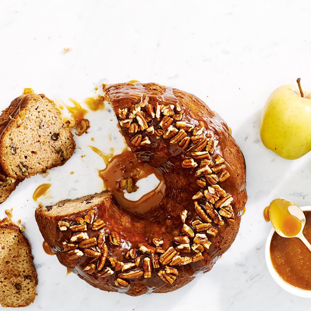 UrbanKitchen: Apple Pecan Bundt Cake With Caramel Sauce