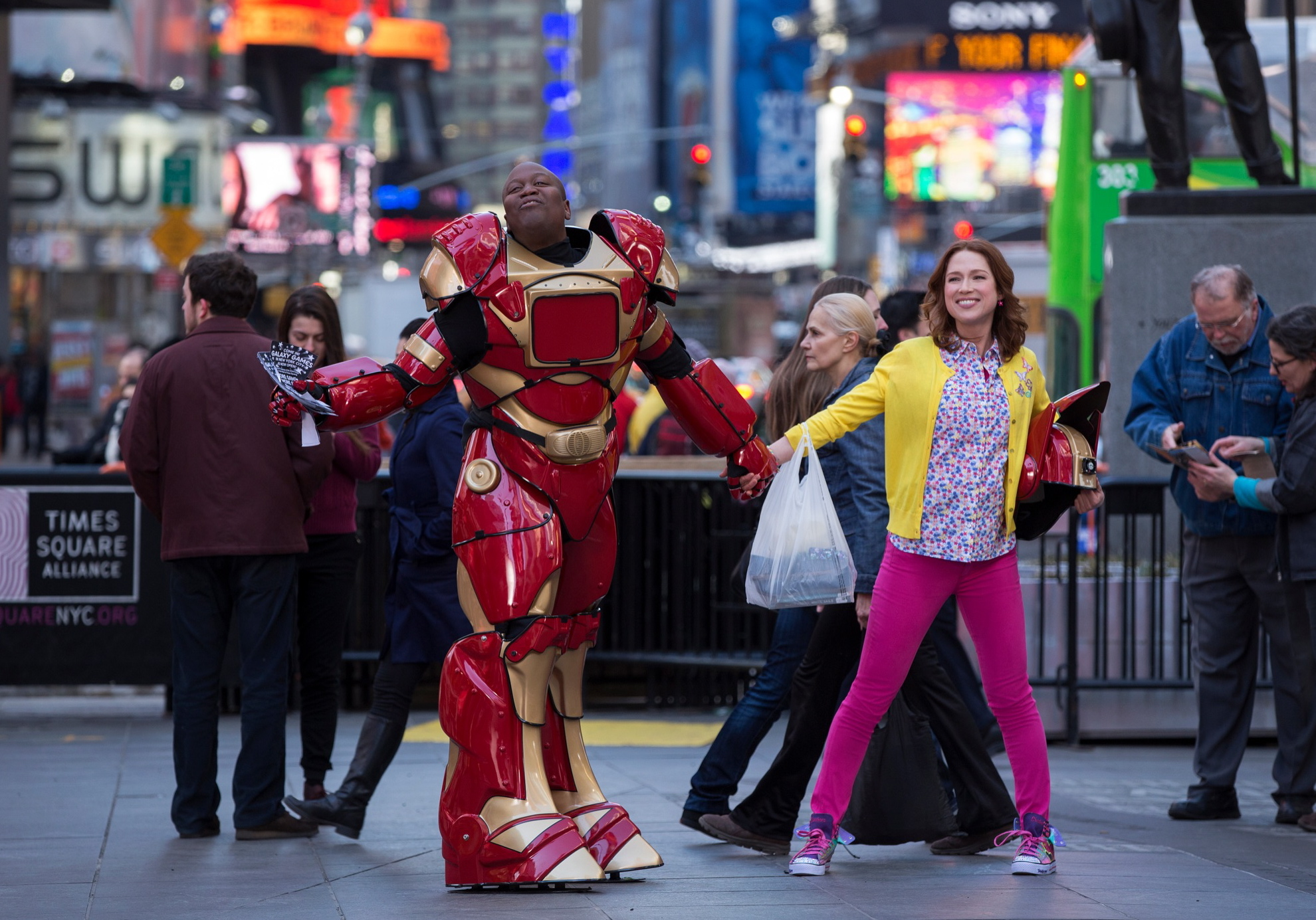"Ellie Kemper Talks Netflix's Latest ""Unbreakable Kimmy Schmidt"""