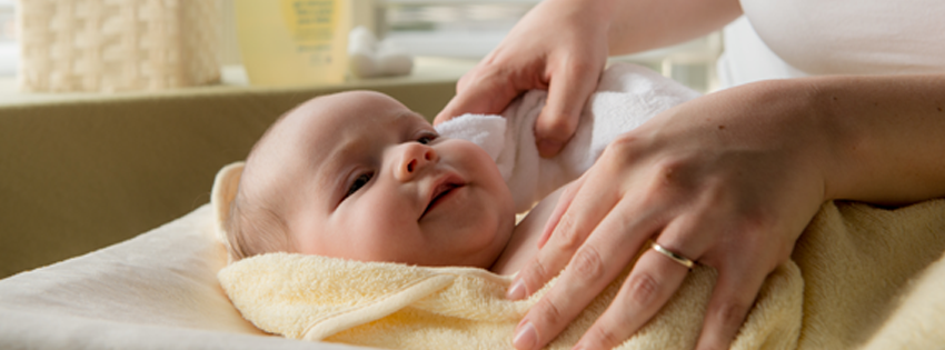 The Science Behind Smell, Touch & Bath Time For Baby