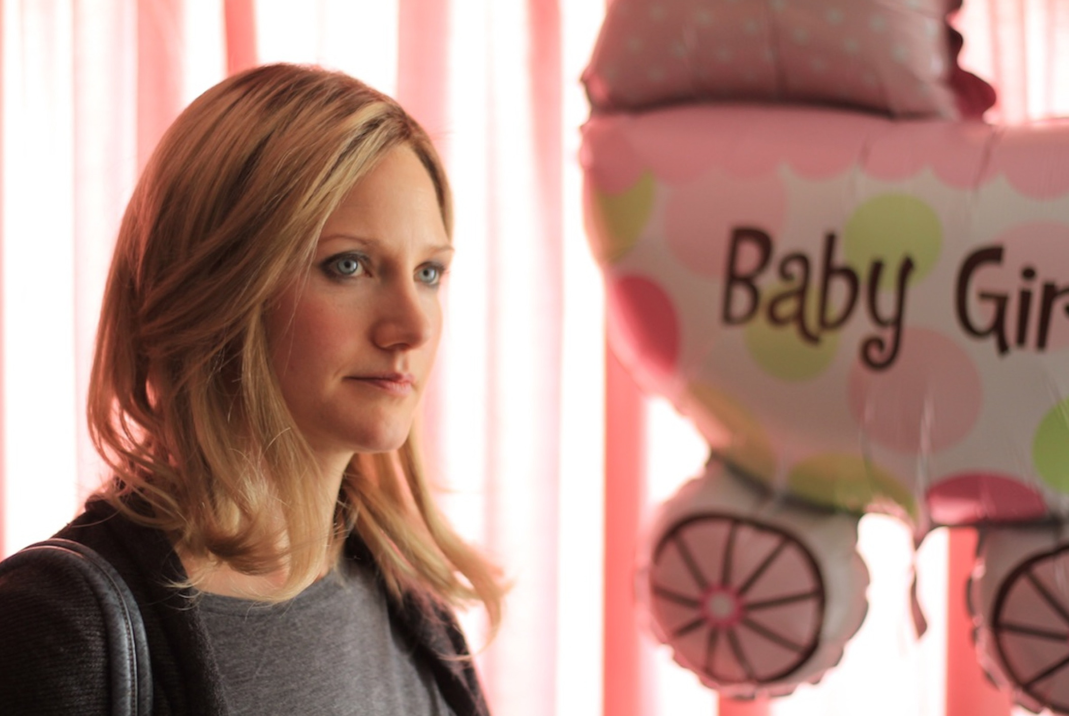It Doesn't End In High School: Mom Cliques & Sonja Bennett's 'Preggoland'