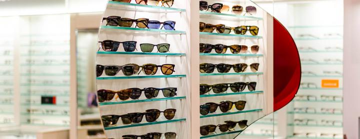 Josephson Opticians