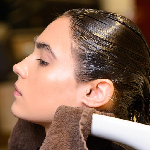 What You Need To Know Before Colouring Your Own Hair