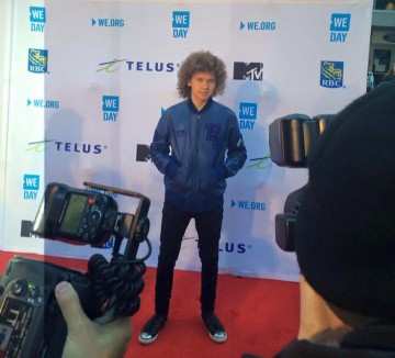Francesco Yates on the WE Day Red Carpet (photo: Francesco Yates/Facebook)
