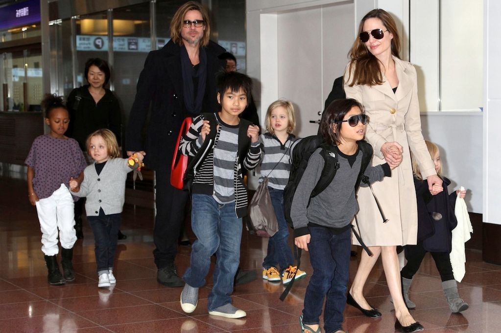 brad pitt, angelina jolie, six kids, raising six kids, brangelina