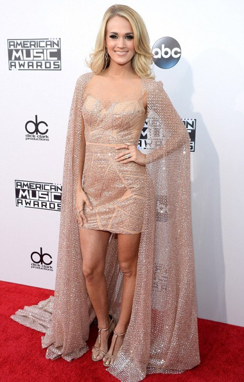 carrie underwood, amas, american music awards, celebrity moms