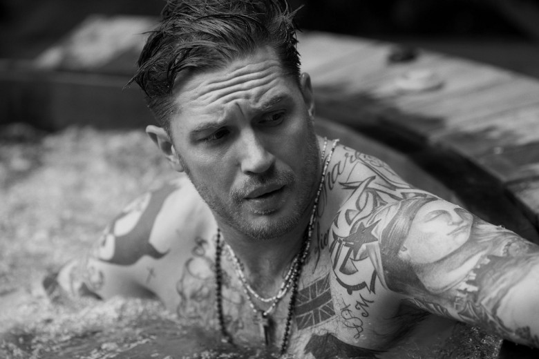 tom-hardy-opens-up-about-why-he-quit-suicide-squad-that-s-his-not-thrilled-face-presum-390229 (1)