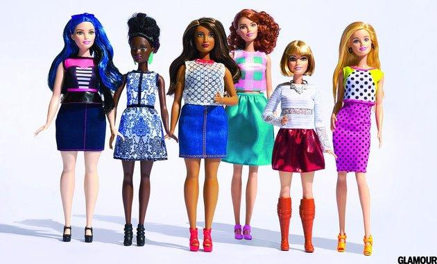 Digital Studio - Tim Hout 12.17.15 (2015-12-17) 201603 > Barbie Selects Caption: Glamour March Barbie