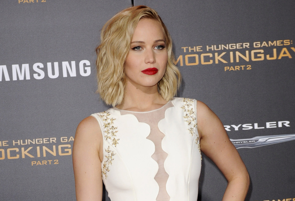 Jennifer Lawrence Says The Planned Parenthood Attacks Are Attacks On All Women