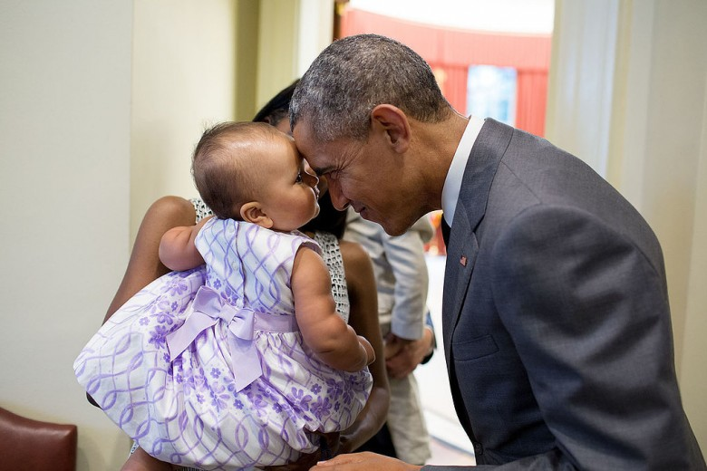 Pictures-President-Obama-Babies05