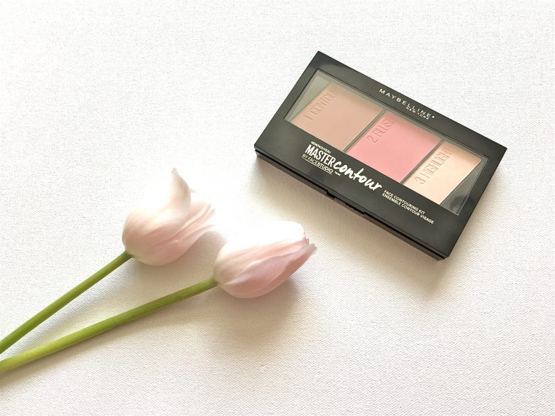 Maybelline Contour Kit. Photo credit: Sonya D.