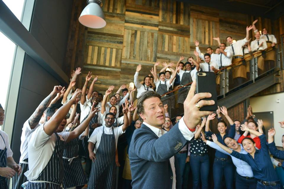 Why Jamie Oliver Wants Justin Trudeau To Join The Food Revolution
