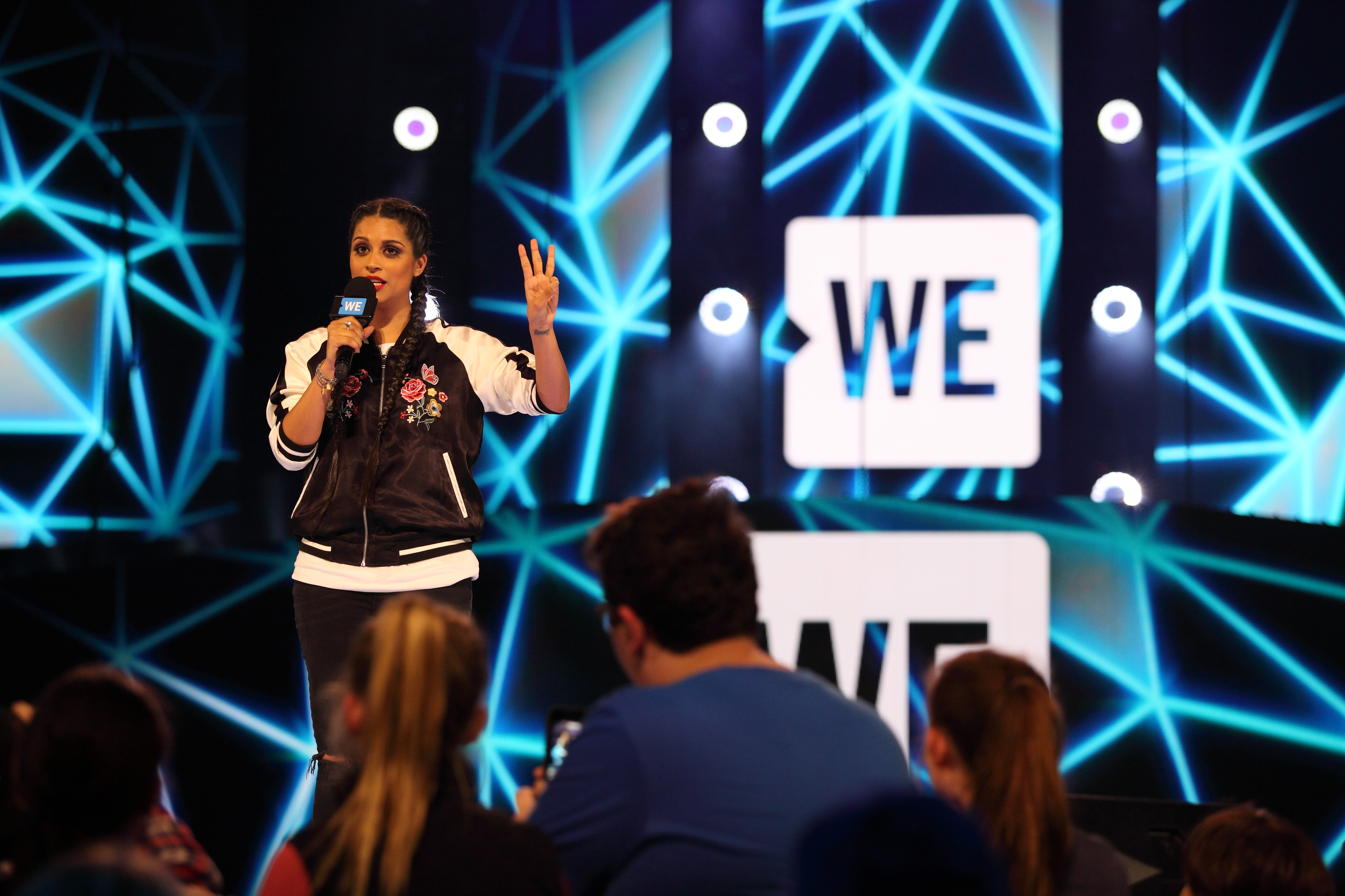 WE Day And Telus Encourage Youth To #RiseAbove