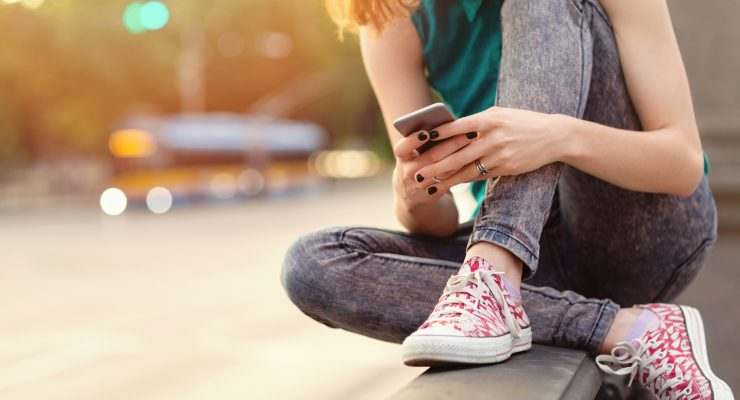 10 Internet Acronyms and Teen Slang Every Parent Should Know